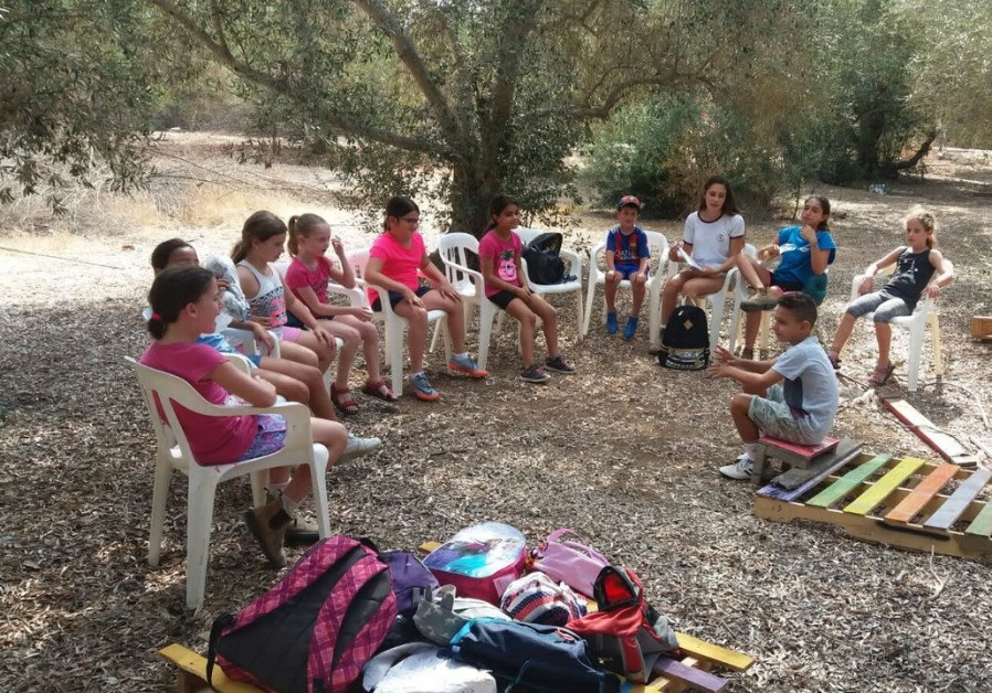 School children in Moshav strike to study closer to home