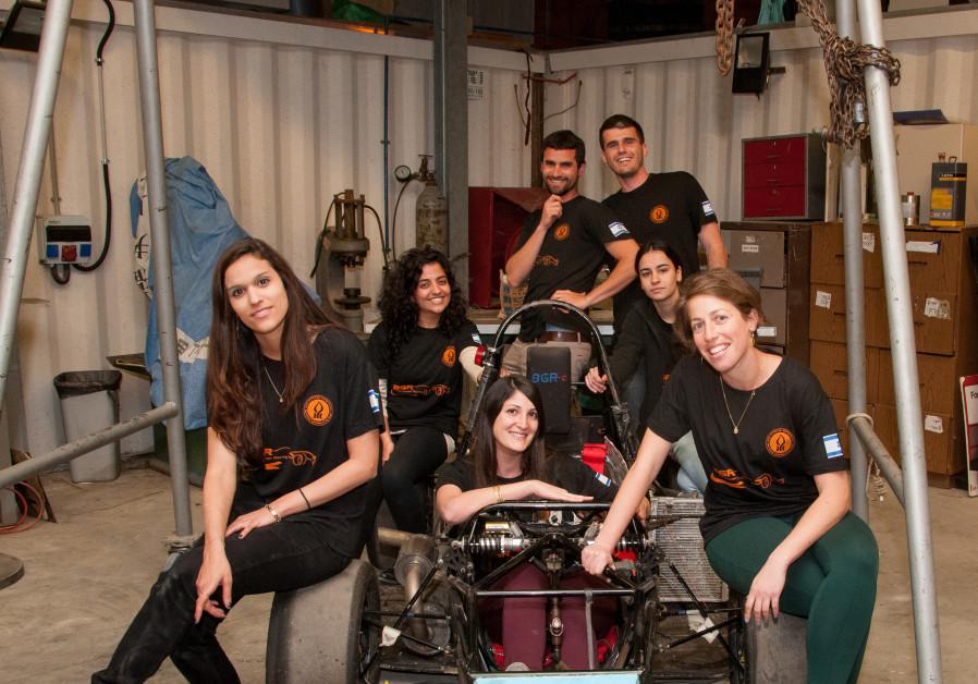 Hodaya Hadad (left) and members of the BGR team