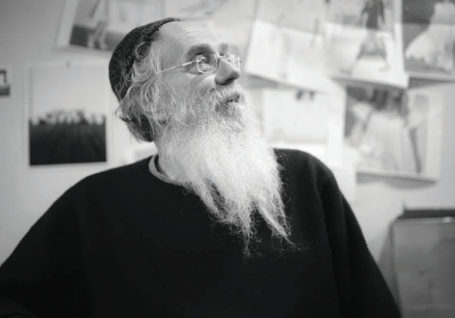As if Rabbi Sholom Brodt knew he was passing on