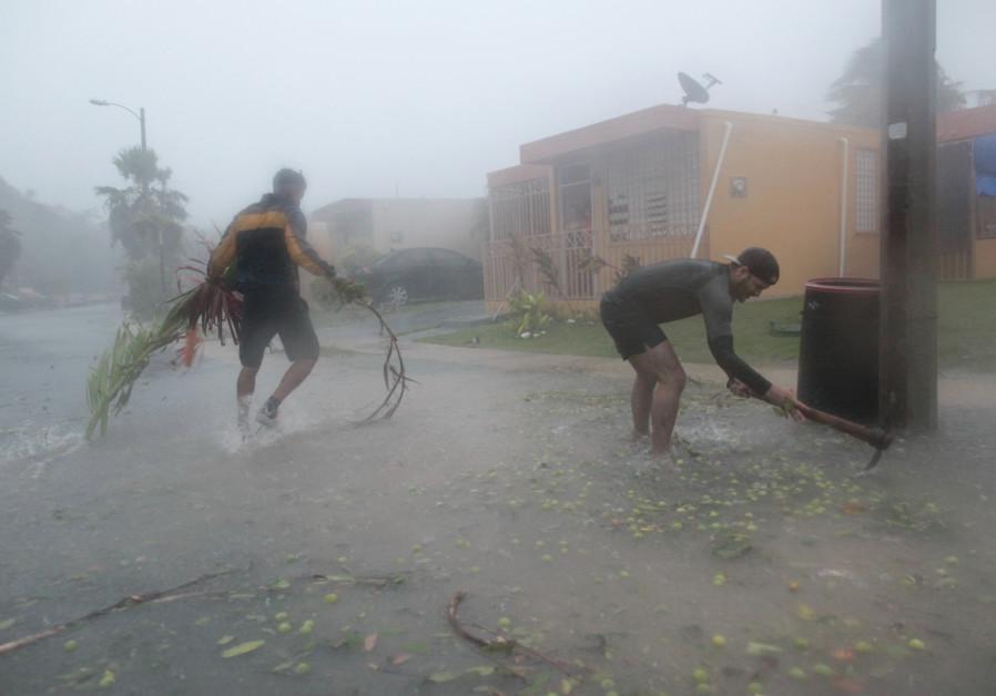 Florida's Jewish community braces for Hurricane Irma