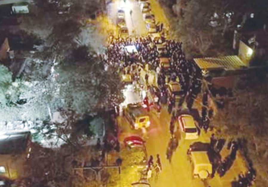 Haredi, secular clash in Arad