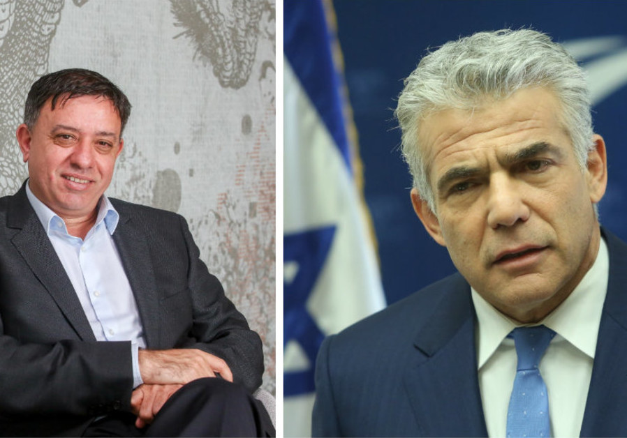 Labor Chairman Avi Gabbay (Left) and Yesh Atid Chairman Yair Lapid