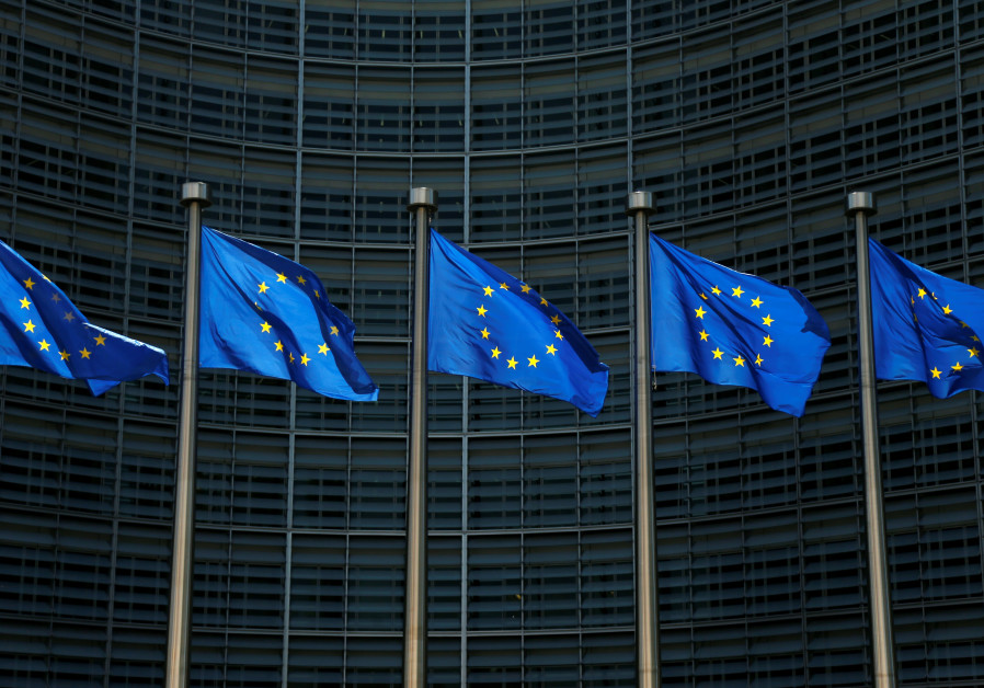 EU law requires internal reporting for businesses, protects whistleblowers