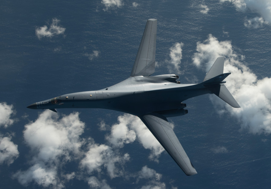 US bombers fly off North Korea's coast in show of force
