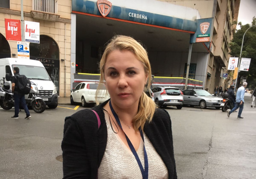 MK Ksenia Svetlova with a rubber bullet in Barcelona as observer in the Catalonian election, October