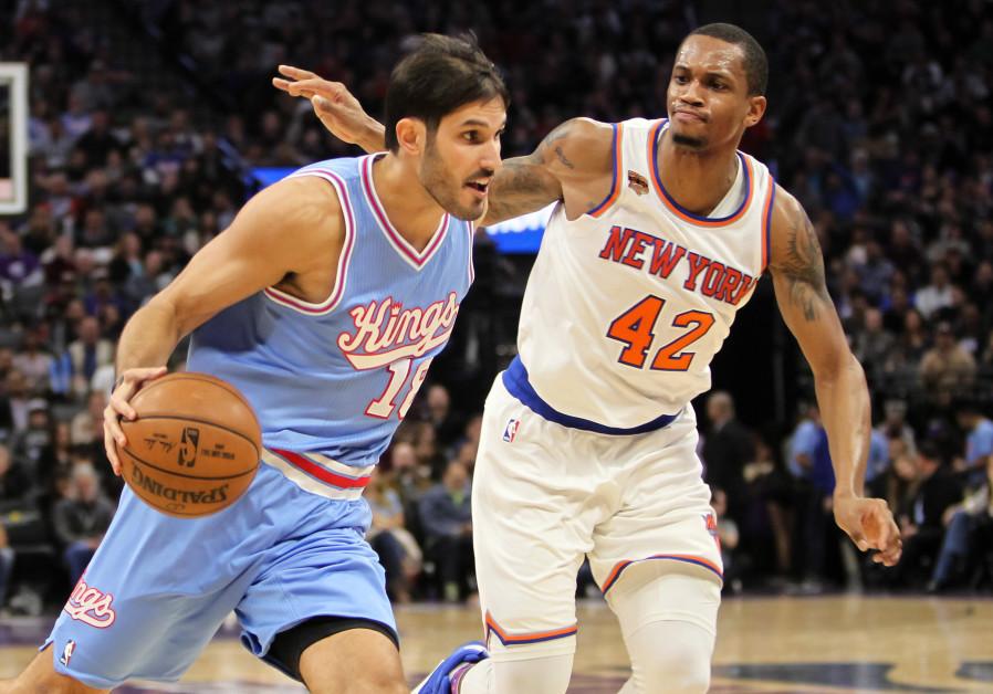 Israeli NBA player Omri Casspi skips preseason opener for Yom Kippur