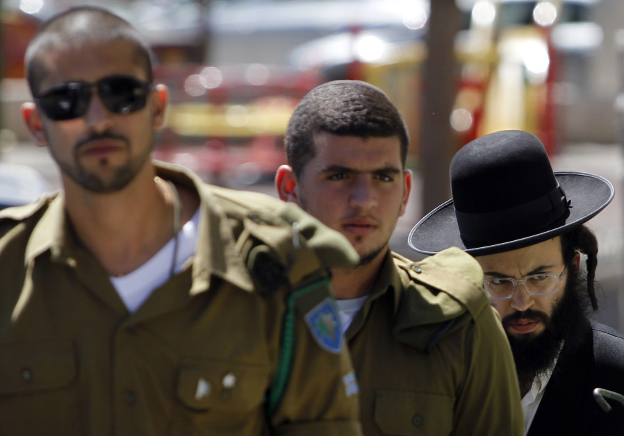 Government anxious to rush through haredi military service exemption law