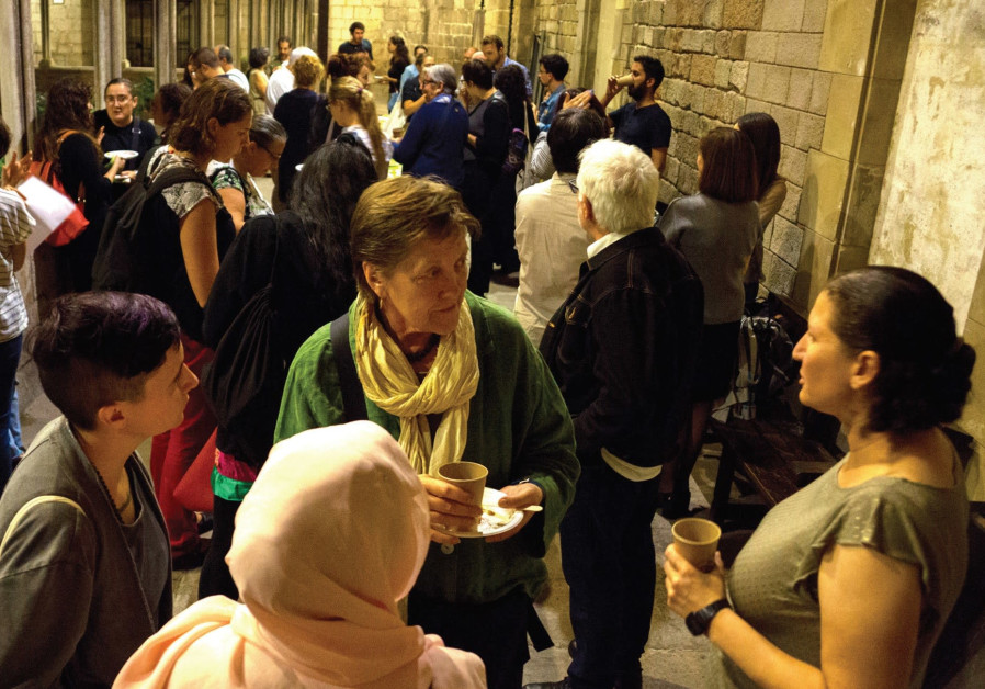 Jewish-Arab coexistence group in Barcelona celebrate new years together