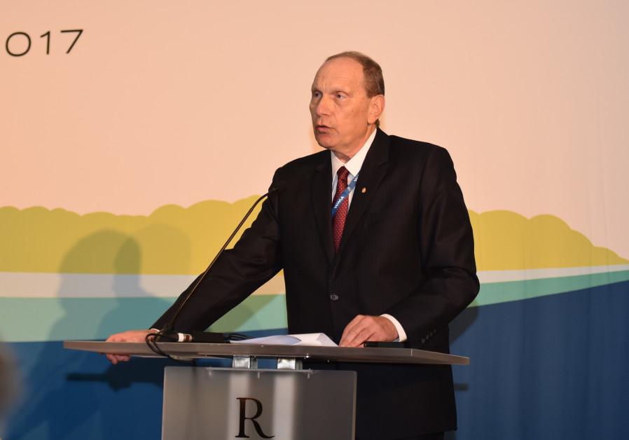 Dr. Leonid Edelman