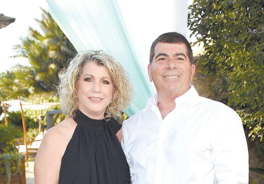 IDF Chief of Staff Gabi Ashkenazi and wife Ronit at their daughter's wedding