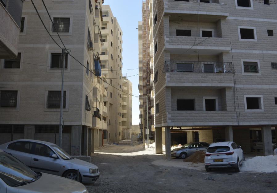 Illegal buildings in Kafr Aqab. (Udi Shaham)