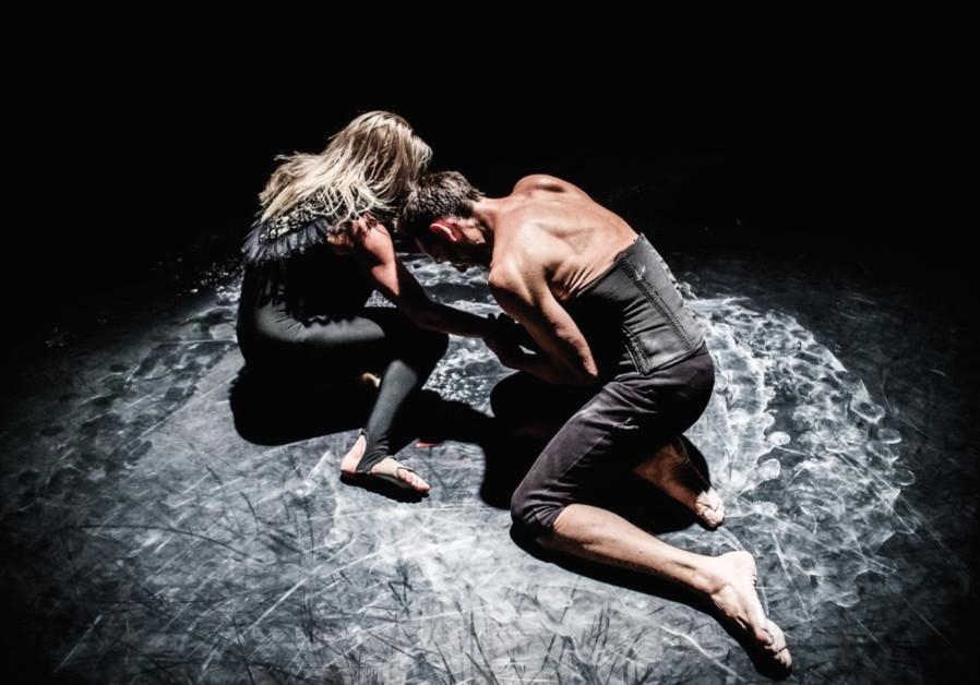 Charlotta Ofverholm presents 'Survival Kit' at the Tel Aviv Dance Festival.
