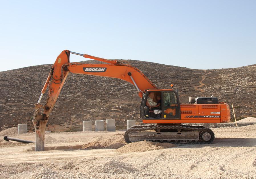 Construction at the Amihai settlement
