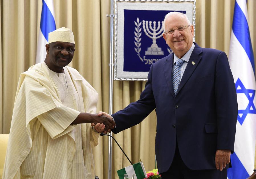 President Reuven Rivlin and Nigerian Ambassador Enoch Pear Duchi , October 23, 2017. (President's Spokesperson's Office)