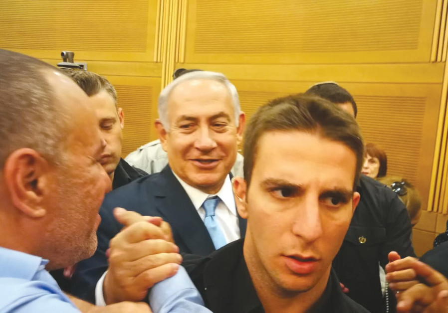 Netanyahu meets with Negev Ceramics workers amid proposed mass layoffs