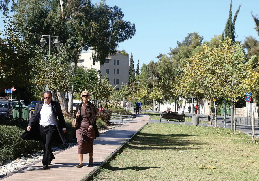 An alternate proposal for a tunnel would save both Mesila Park and Emek Refaim Street from the damag