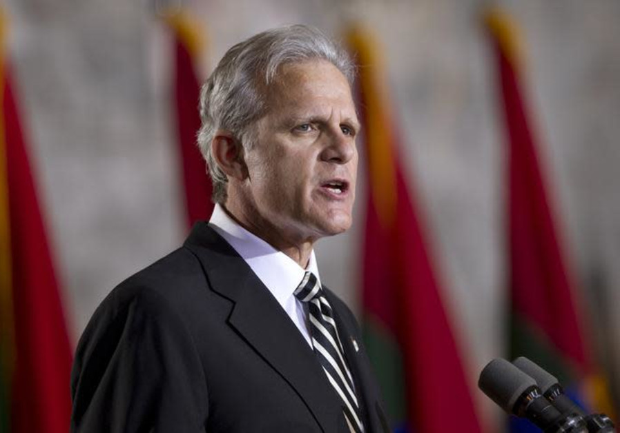 Michael Oren, former ambassador to the US, speaking infront of Christians United for Israel.