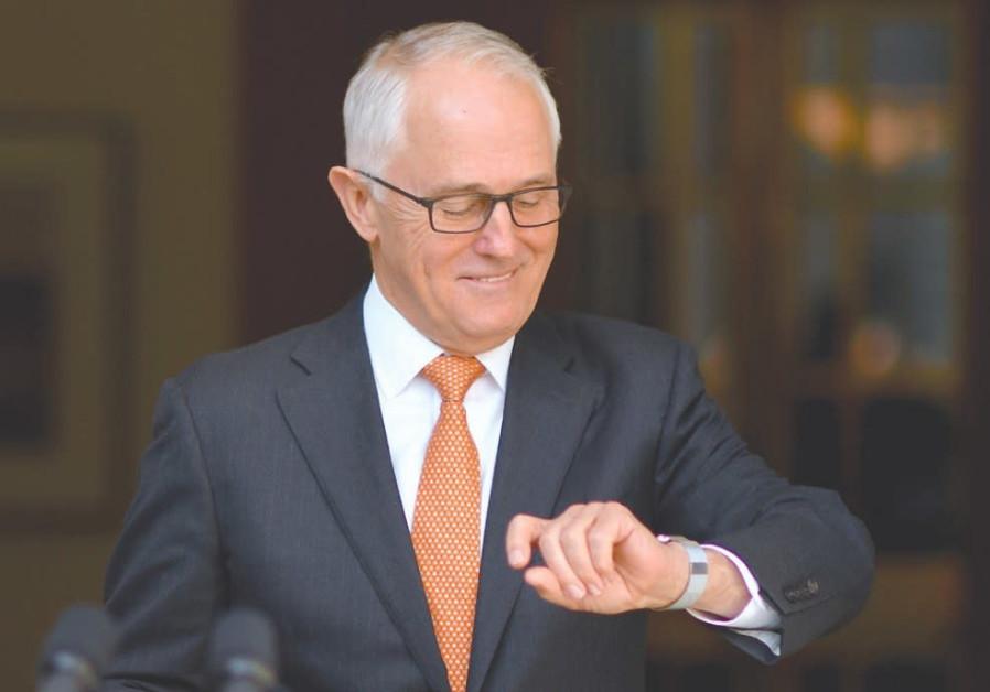 Australian PM's delay wreaks havoc for overbooked hotels