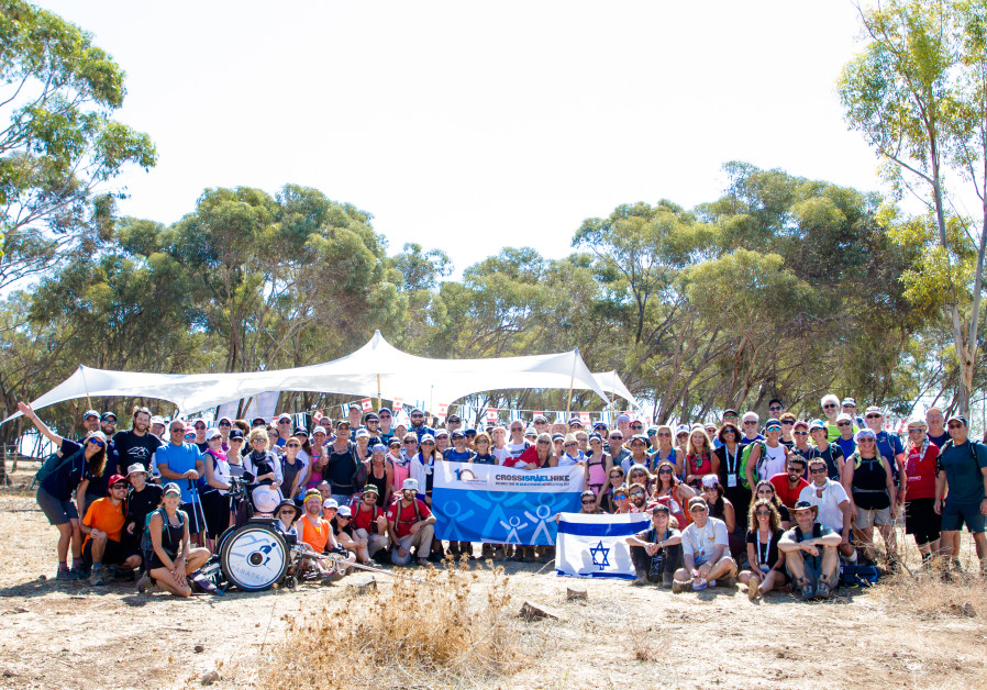 Side by side: Canadian Jews hike Israel with victims of terrorism