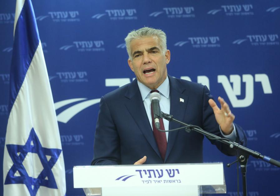Lapid: Netanyahu is epicenter of 'submarines affair'
