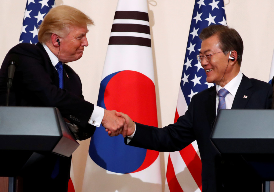 Trump meets with South Korean president Moon Jae-in on second stop of his five-country trip to Asia