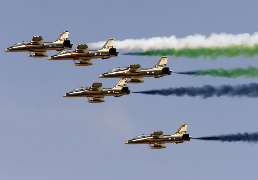 Middle East tensions loom over Dubai aerospace pageant