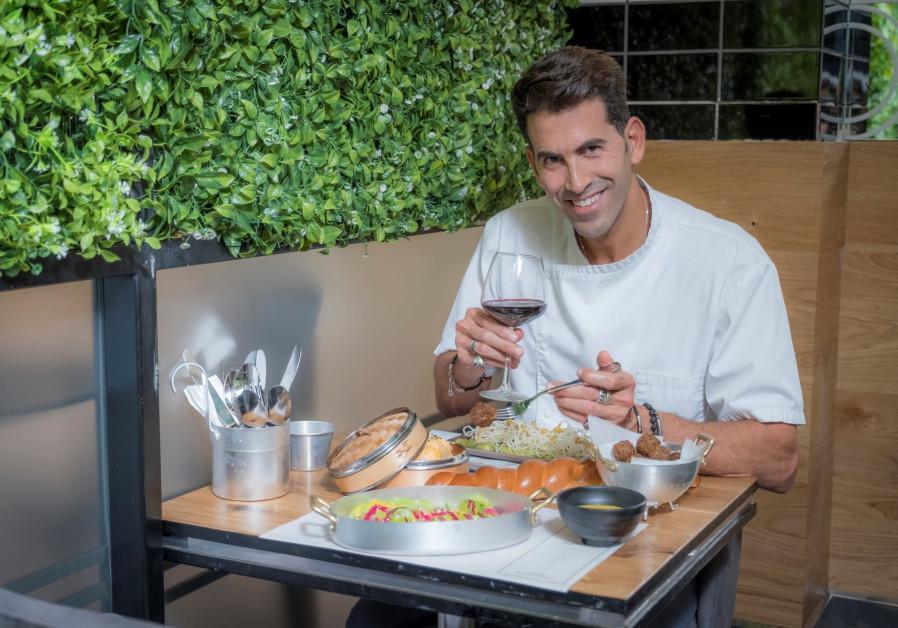 Chef Moshe Segev