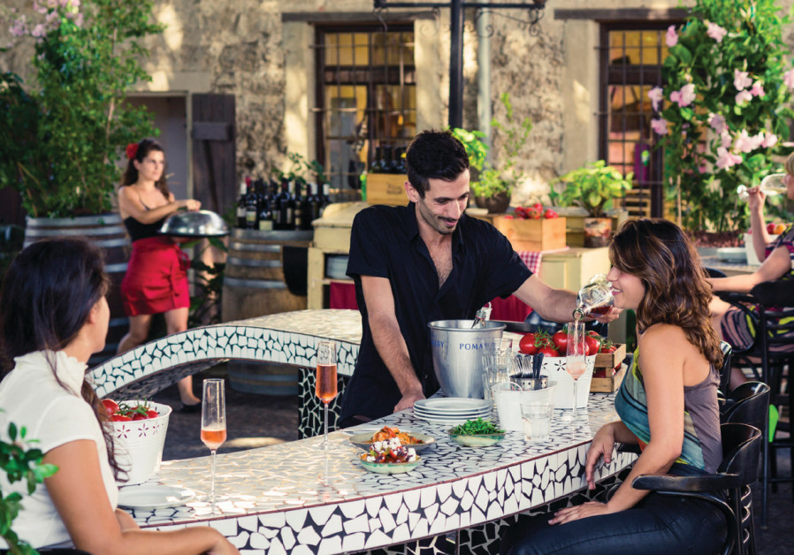 Vicky Cristina evokes the tastes and atmosphere of Spain