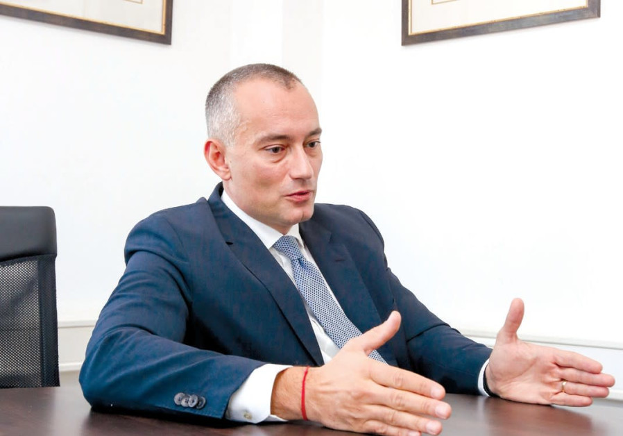 Mladenov: 'Support moderate forces' working to avert Gaza war