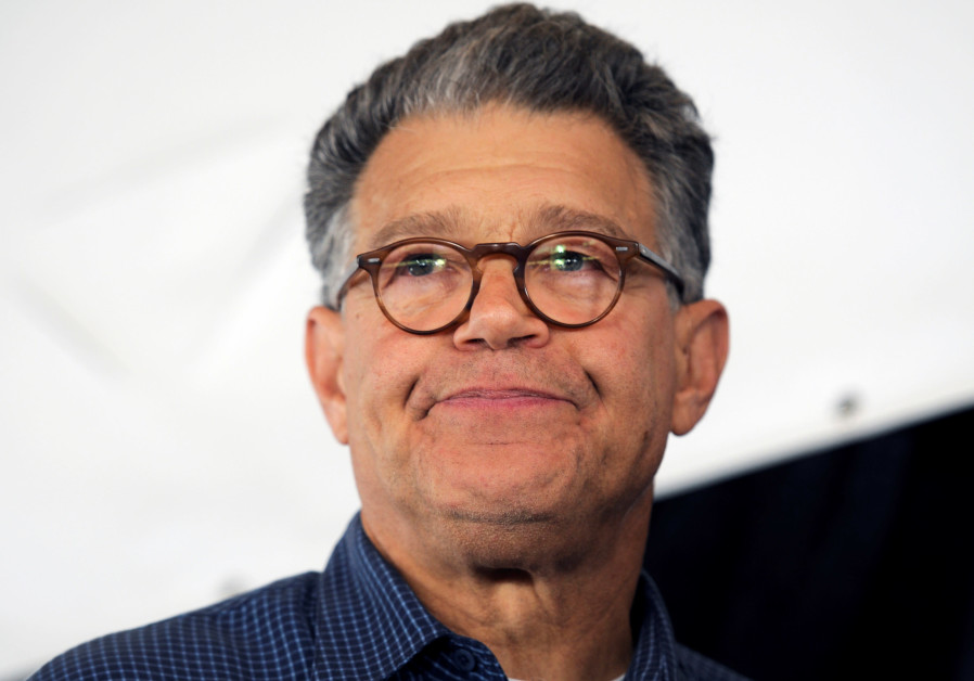 Senator Al Franken (D-MN) meets with constituents in Minnesota