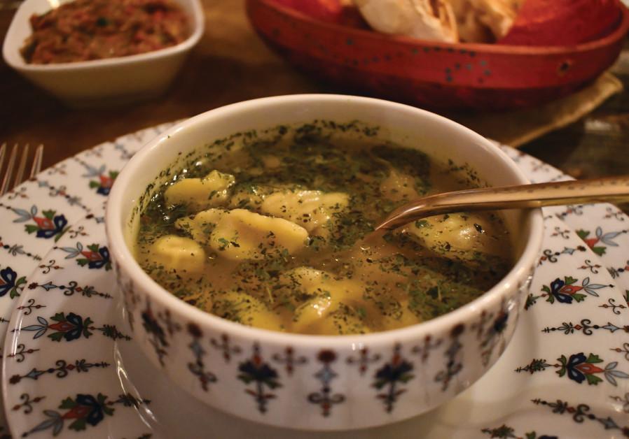 Meat dumpling soup - dushbere