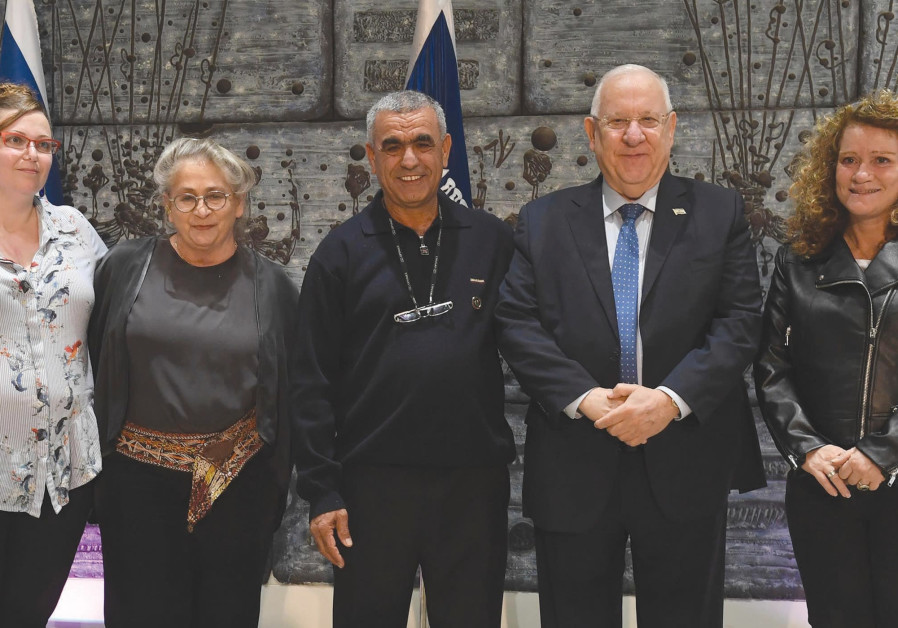 PRESIDENT REUVEN RIVLIN and his wife, Nechama (second from left), host (from left) Vered Shirazi, Ad