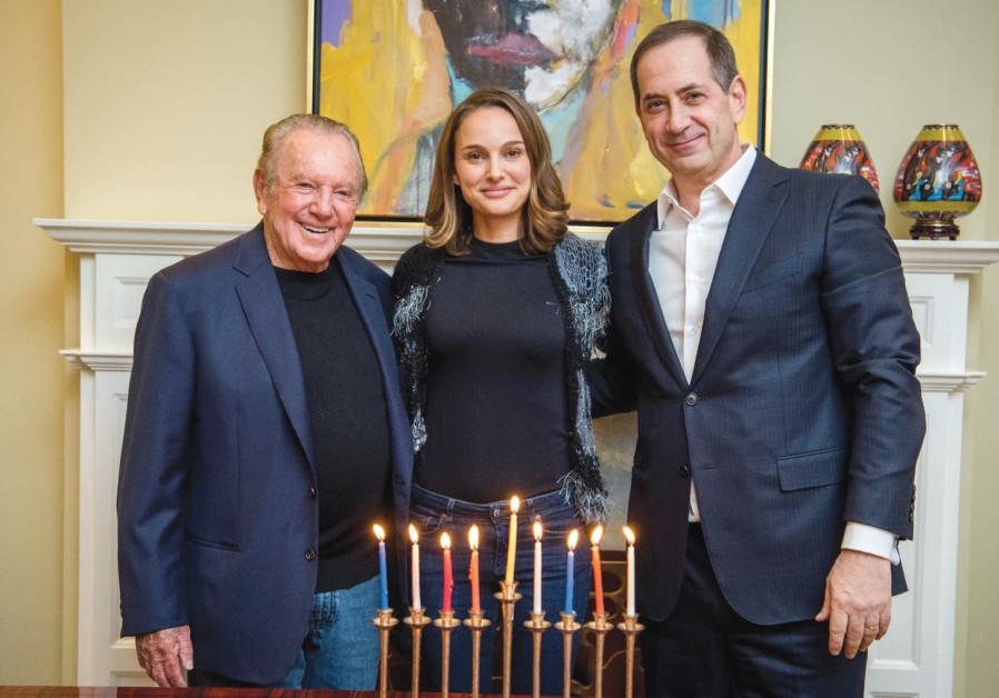 Kahn gives Genesis $1m. to help empower women