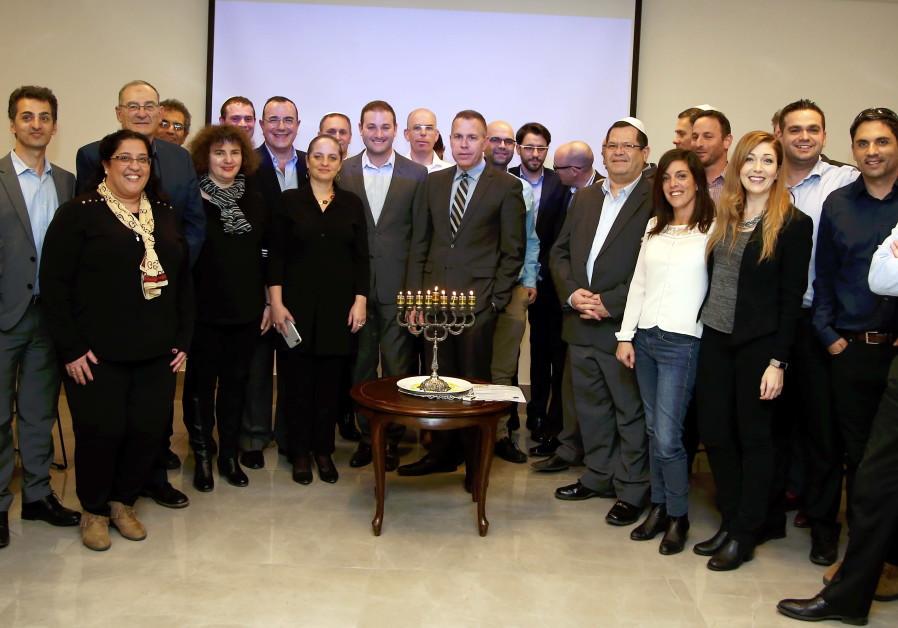 Strategic Affairs Minister Gilad Erdan lights candles with anti-BDS activists from Jewish organizati
