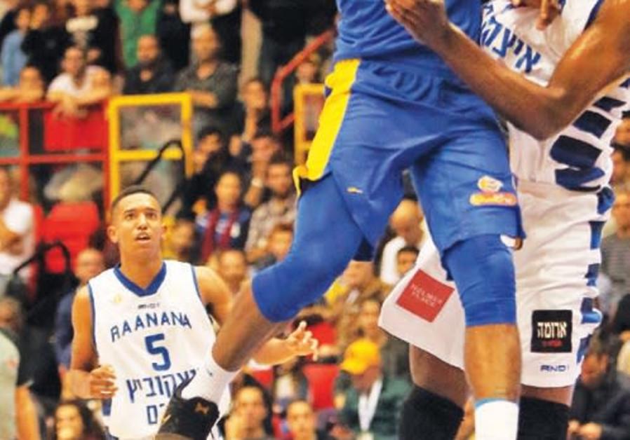 Maccabi Tel Aviv's DeAndre Kane