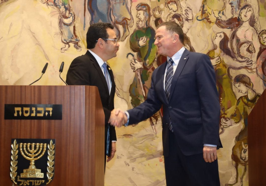 Guatemalan president Jimmy Morales and Knesset Speaker Yuli Edelstein at the Knesset