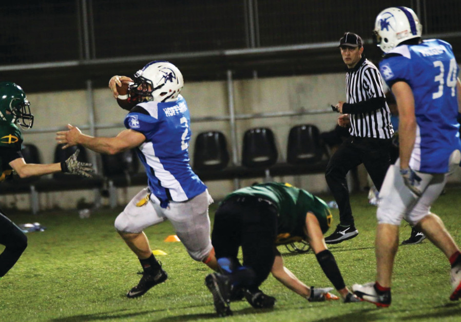 Pioneers edge Troopers for 1st win of IFL season