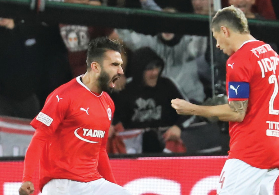 Hapoel Beersheba climbs back into 1st place