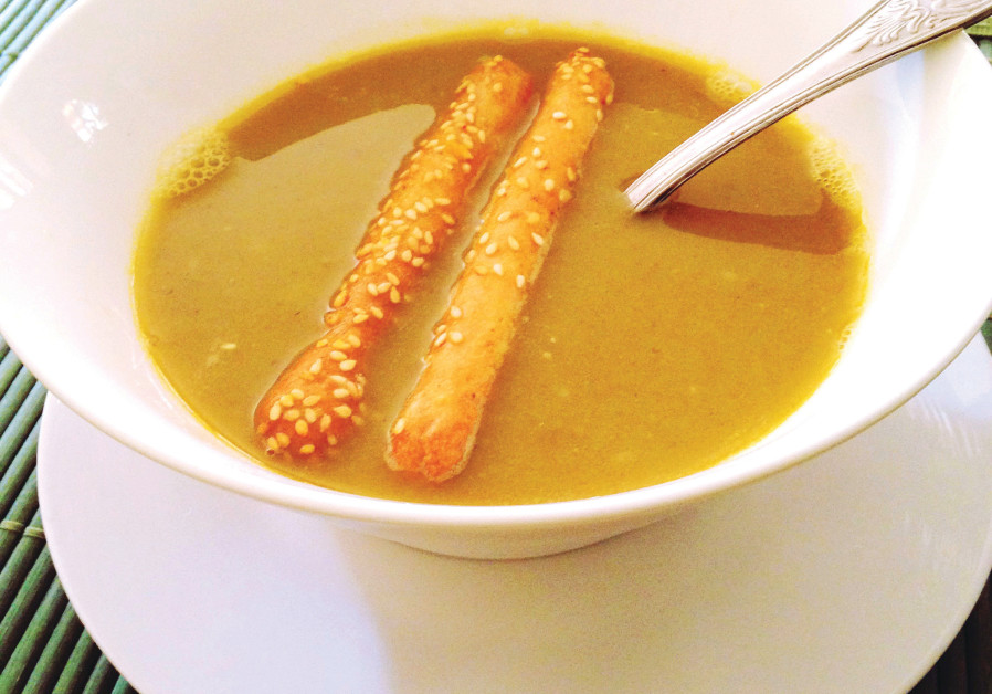 Broccoli and Jerusalem artichoke soup