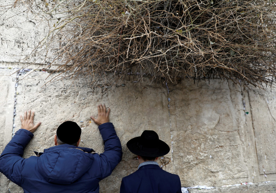 Israeli minister turns to prayer to help relieve drought