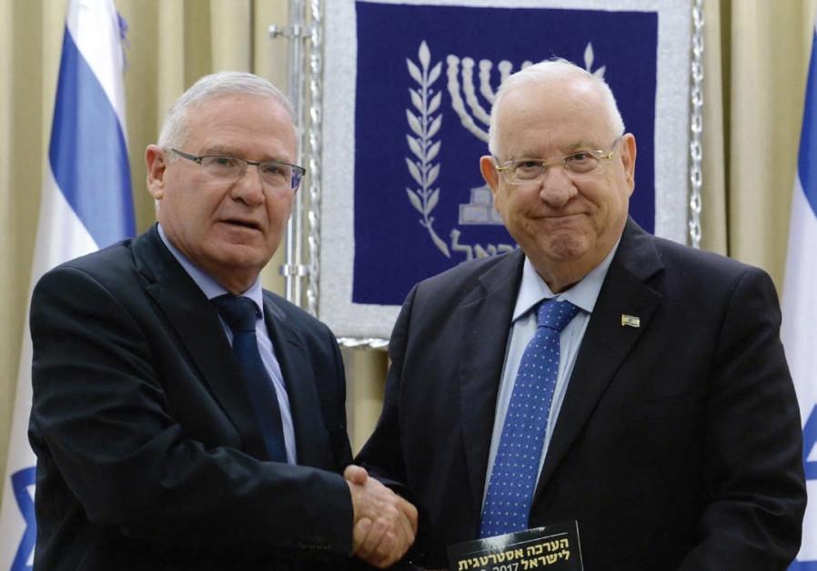 GRAPEVINE:Israel in great shape