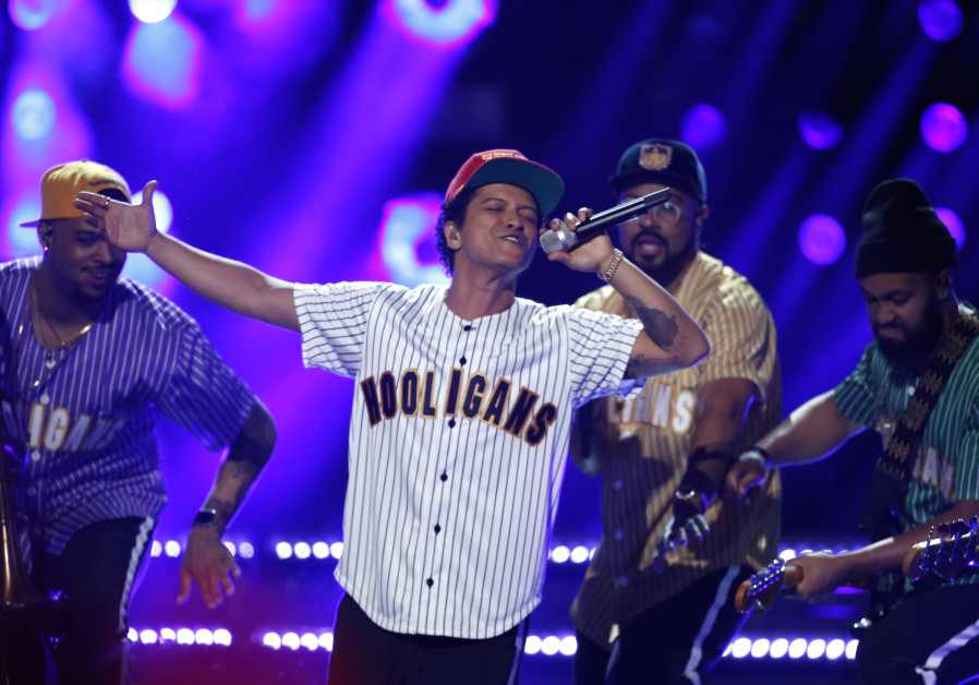 Could red-hot pop singer Bruno Mars be heading to Israel sometime soon?