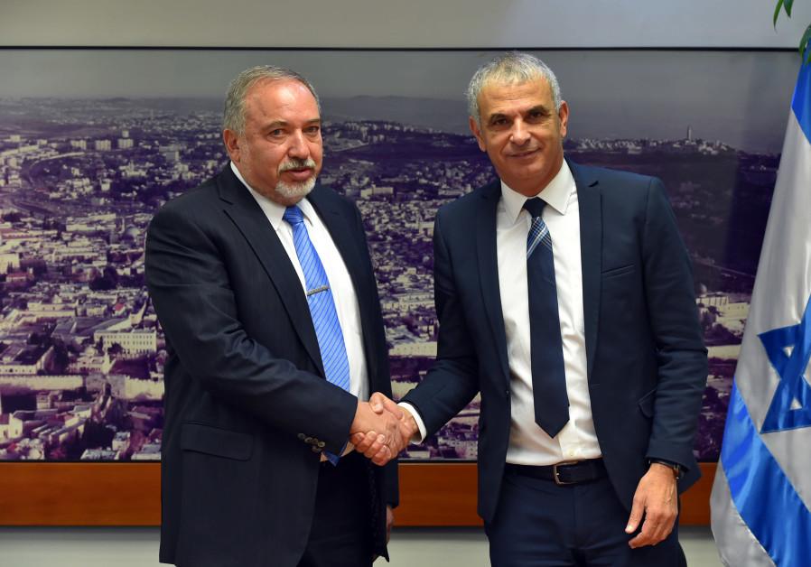 Defense Minister Avigdor Liberman and Finance Minister Moshe Kahlon.