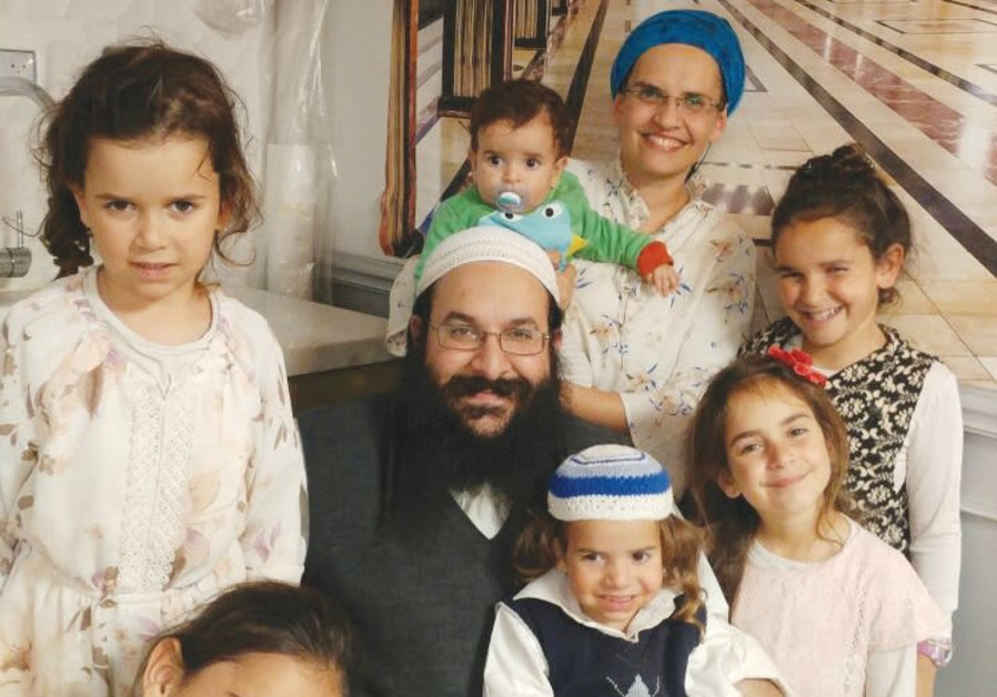 Slain rabbi mourned as 'righteous man' with 'massive heart'
