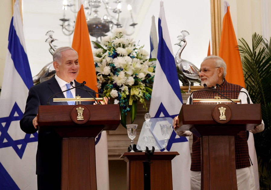 Israeli PM Netanyahu and Indian PM Narendra Modi speak at a press conference in New Delhi.
