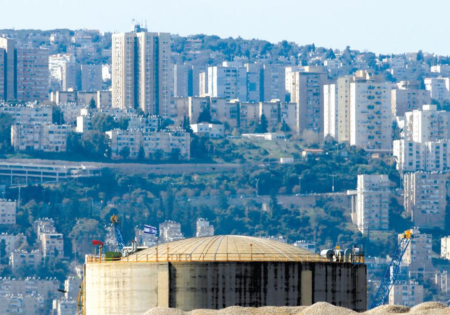 The HAIFA Chemicals' ammonia tank