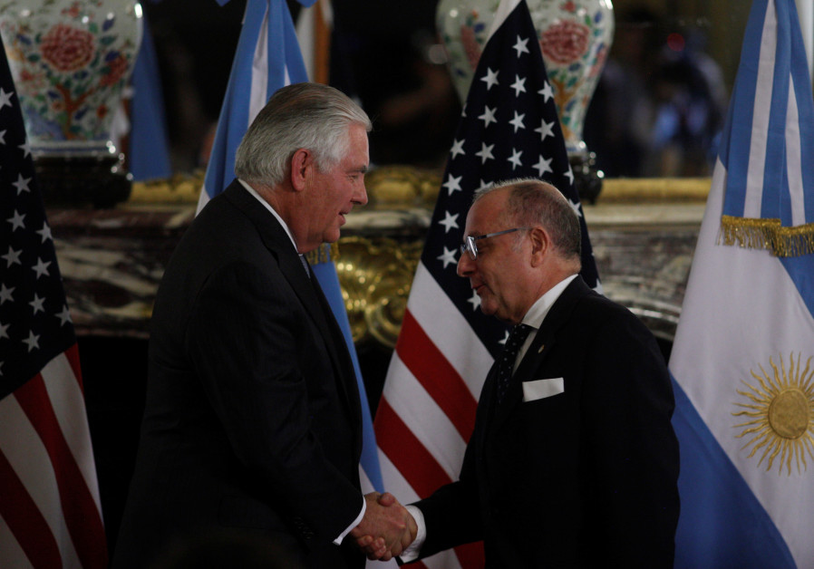 US Secretary of State Rex Tillerson and Argentinian Foreign Minister Jorge Faurie shake hands