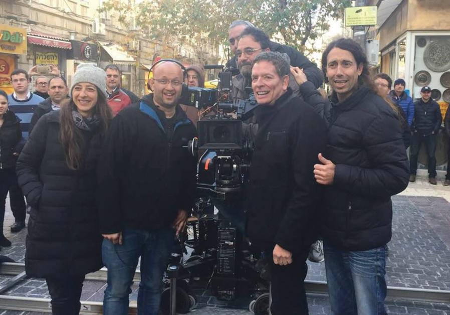 Writer/ Director David Zucker on the set of new Israeli comedy 'Mossad' on Jerusalem's Ben-Yehuda St