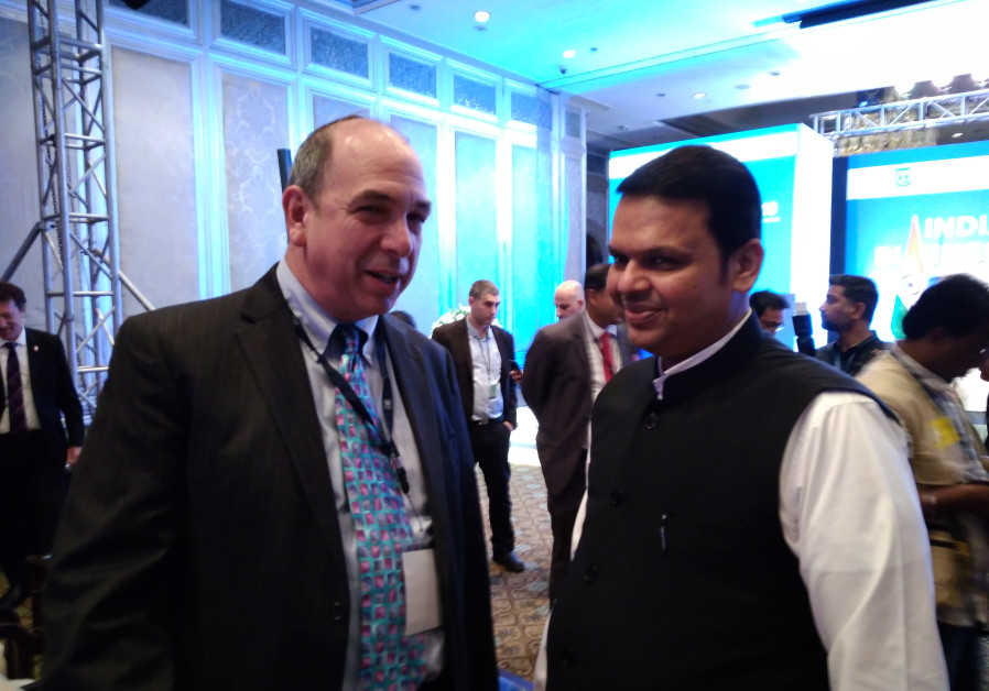 Axis Innovation CEO Ed Frank with Chief Minister of Maharashtra, Mr. Devendra Fadnavis at the Prime