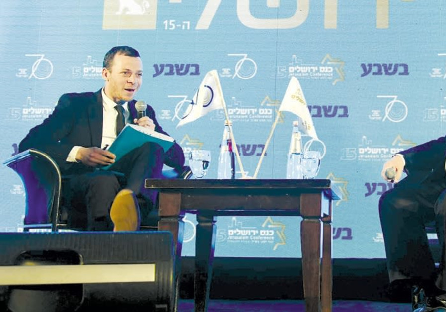 Rivlin hints PM should quit if indicted